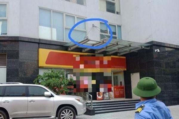 Thông tin mới nhất vụ bé 4 tuổi ở Hà Nội rơi từ tầng 11 chung cư