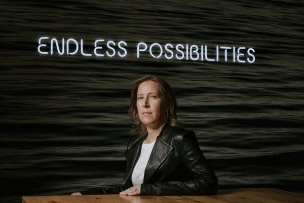 Giám đốc điều hành Youtube Susan Wojcicki bình tĩnh vượt qua 'giông bão'