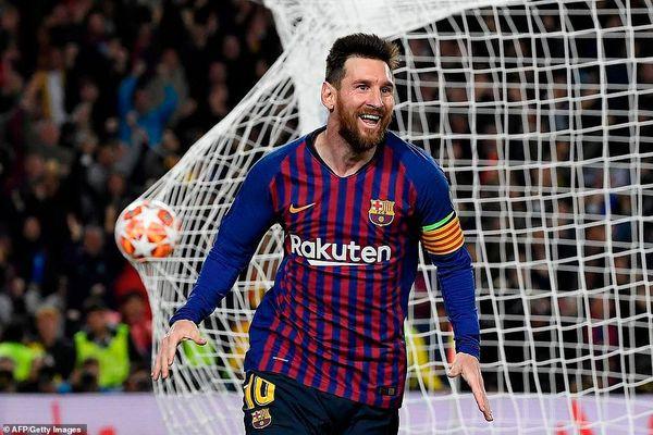 Ghi siêu phẩm trước Liverpool, Messi lập một loạt kỷ lục