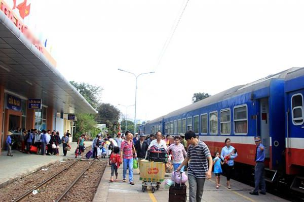 Ngành đường sắt chạy thêm các đoàn tàu dịp hè 2019