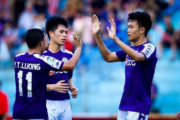 CLB Hà Nội lần đầu vượt qua vòng bảng AFC Cup sau nửa thập kỷ