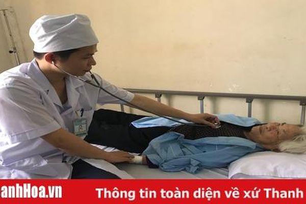 Cứu sống cụ bà 96 tuổi bị suy nút xoang