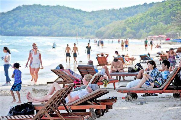 Xu hướng du lịch hè 2019: Xuất ngoại và biển đảo