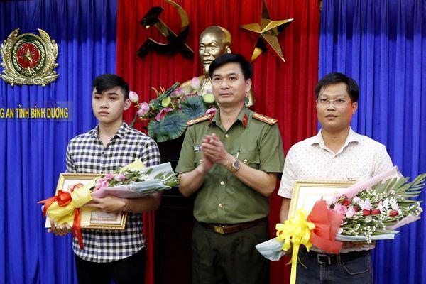 3 người dân giúp công an phá vụ thi thể trong khối bê tông được thưởng