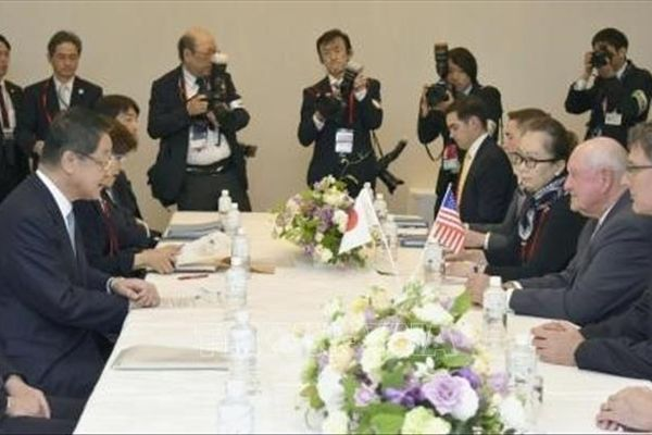 Nhật Bản và Mỹ vẫn bất đồng về thuế đối với nông sản và ô tô