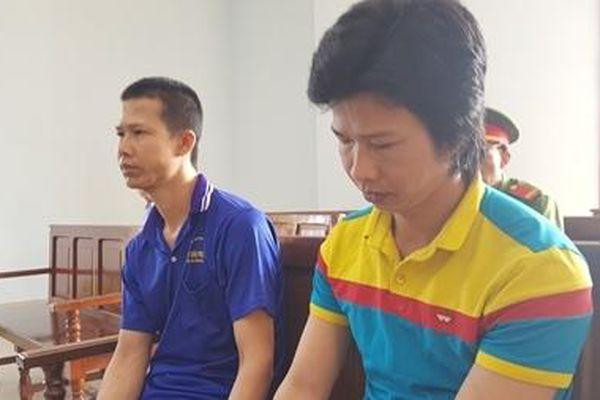 Phạt 26 năm tù hai em ruột hiếp dâm bé gái