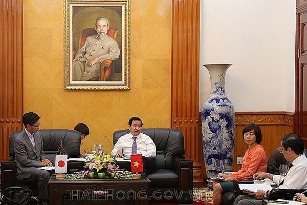 Công sứ Kinh tế Đại sứ quán Nhật Bản tại Việt Nam thăm và làm việc với UBND thành phố Hải Phòng