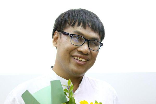Chàng trai khiếm thị Thái Lan tự 'mò đường' đến Việt Nam để học tiếng Việt
