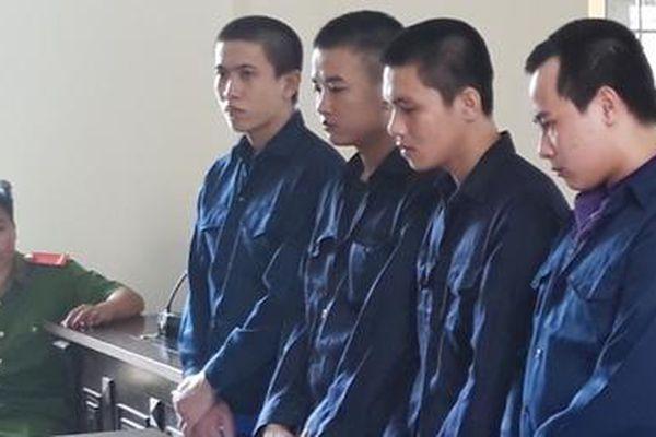 Nhóm 4 bị cáo chuyên cướp giật tiếp tục lãnh án