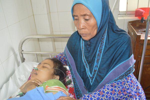 Sau 16 ngày nguy kịch, cô gái Campuchia được bác sĩ Việt Nam cứu sống