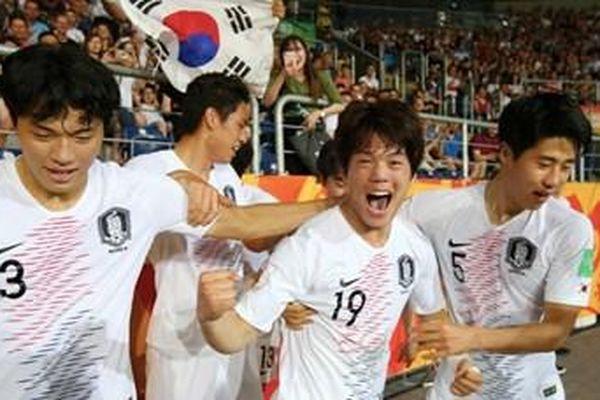 Thế giới ngỡ ngàng khi Hàn Quốc tiến vào Chung kết U20 World cup