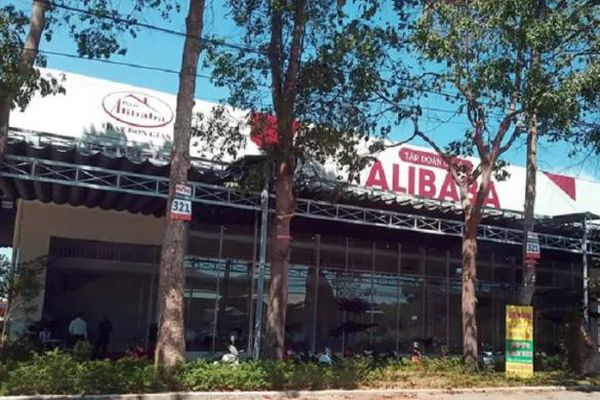 Vẽ ra 8 'dự án ma', Công ty Địa ốc Alibaba thu được 770 tỷ đồng