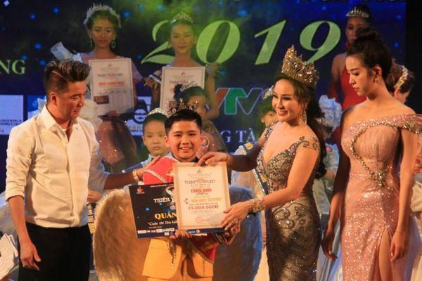 82 thí sinh nhí tỏa sáng đêm chung kết 'Thiên Thần Việt 2019'