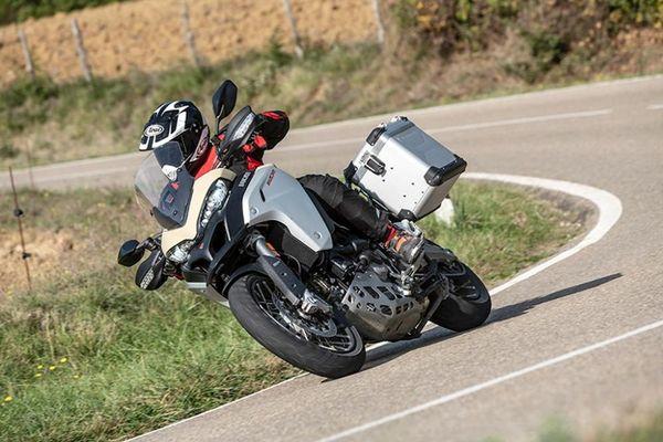 Khám phá Ducati Multistrada 1260 Enduro 2019 giá từ 680 triệu đồng