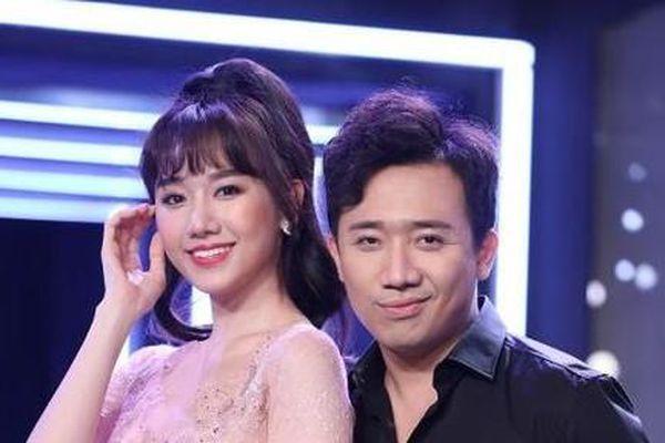 Trấn Thành đứng chung sân khấu cùng Hari Won