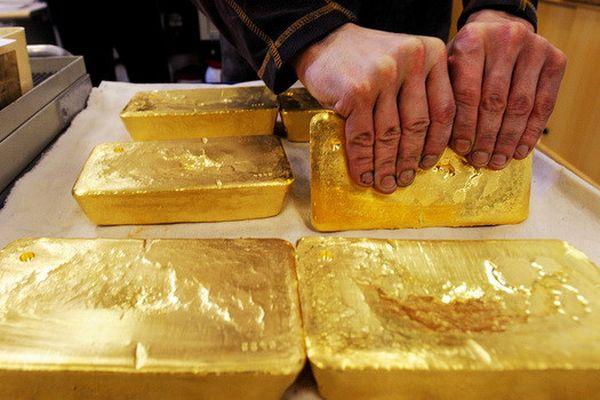 Giá vàng tăng không ngừng sau khi lập đỉnh 6 năm