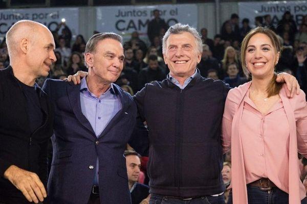 Gần 34 triệu cử tri Argentina bắt đầu tham gia cuộc bầu cử sơ bộ
