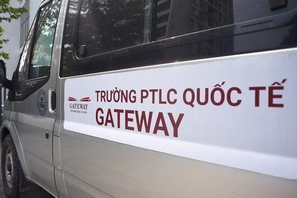 Sau vụ bé 6 tuổi tử vong, trường Gateway đổi nhà xe đưa đón học sinh