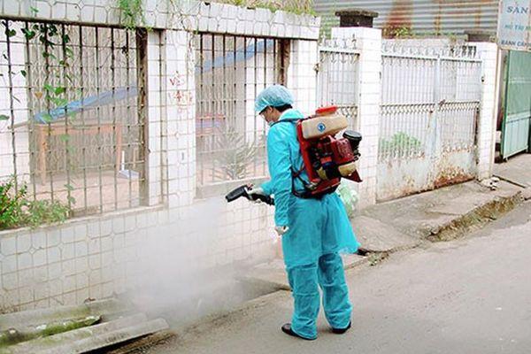 Những vụ ngộ độc thuốc diệt côn trùng nguy hiểm