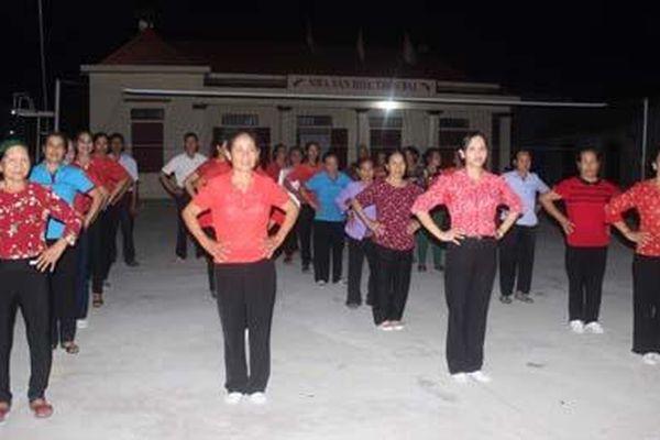 Câu lạc bộ Thể dục dưỡng sinh thôn Bái hoạt động có hiệu quả