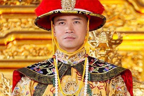 Khang Hy hay Ung Chính mới là cha ruột vua Càn Long?