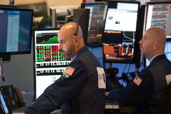 Chứng khoán Mỹ khởi sắc dù FED phát tín hiệu không quá nới lỏng chính sách tiền tệ