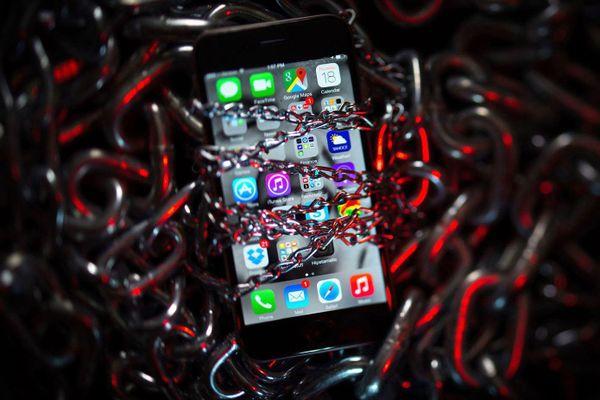Hàng tỷ chiếc iPhone có thể gặp vấn đề bảo mật