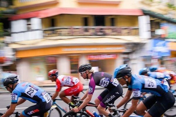 Chùm ảnh: 80 vận động viên tranh tài tại giải đua xe đạp quốc tế VTV Cup 2019