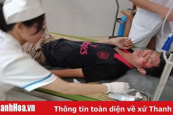 Lái xe taxi Mai Linh Thanh Hóa cứu người bị tai nạn giao thông