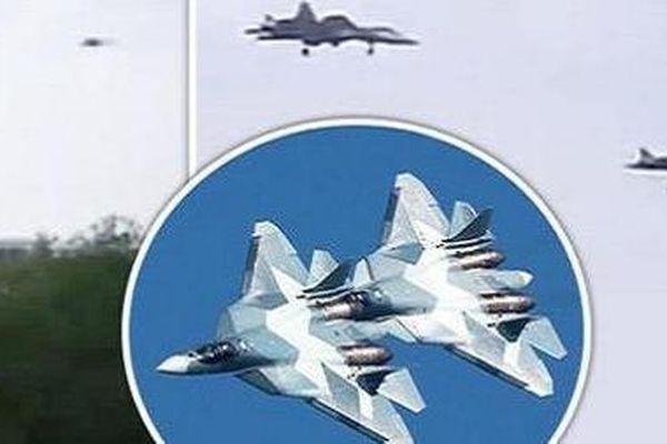 Su-57 đến đồn trú ở Hmeymim, căn cứ Nga lập tức bị đánh lén