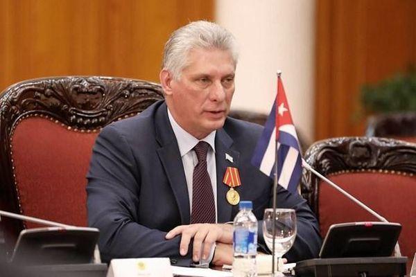 Lãnh đạo Việt Nam gửi điện mừng lãnh đạo Cộng hòa Cuba