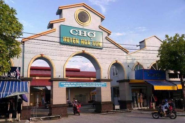 Thanh Hóa: Tăng phí bất thường, tiểu thương chợ Nga Sơn 'cầu cứu' UBND huyện