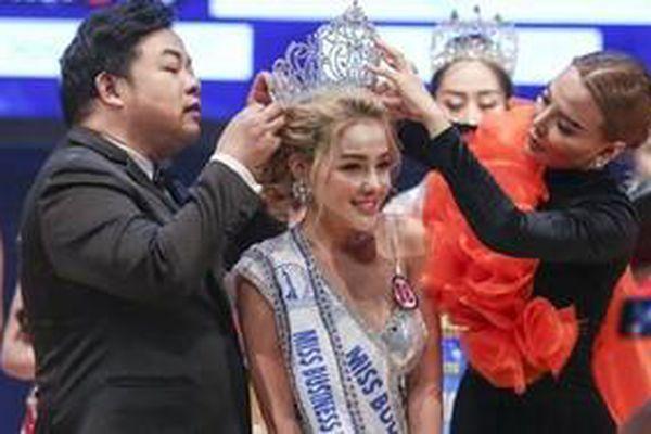 Ngân 98 bất ngờ đoạt giải Á hậu tại cuộc thi nhan sắc thế giới