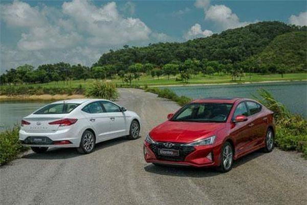 Hyundai Elantra Sport 2019 có gì để 'đấu' với Honda Civic, Mazda 3?