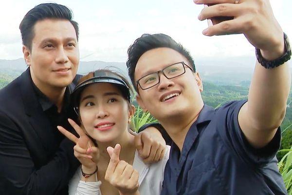 Việt Anh tái xuất sau thẩm mỹ, ôm Quỳnh Nga tình tứ trên truyền hình