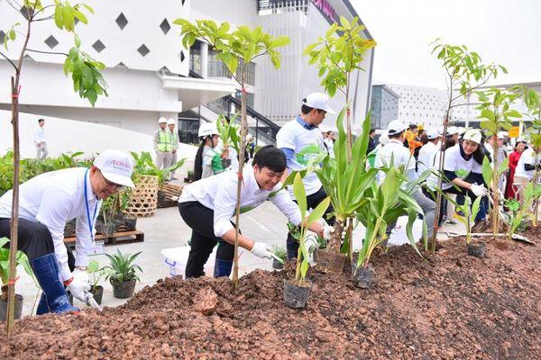 Hà Nội: Hơn 1.000 người trồng cây gây dựng 'Cánh rừng quê hương Aeon'