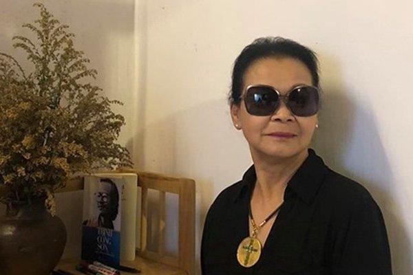 Khánh Ly ghé thăm Gác Trịnh