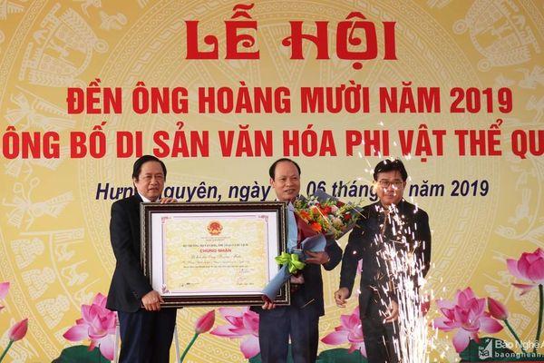 Công bố Di sản văn hóa phi vật thể quốc gia Lễ hội Đền Hoàng Mười