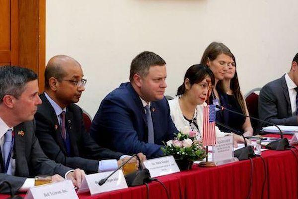 Thứ trưởng Bộ Thương mại Hoa Kỳ: 'Mong sớm có đường bay thẳng từ Việt Nam'
