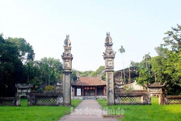 Cổ kính ngôi đình có hai tam quan của Thủ đô