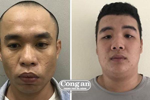 Hơn 12 giờ phục bắt 2 kẻ trốn nã nguy hiểm