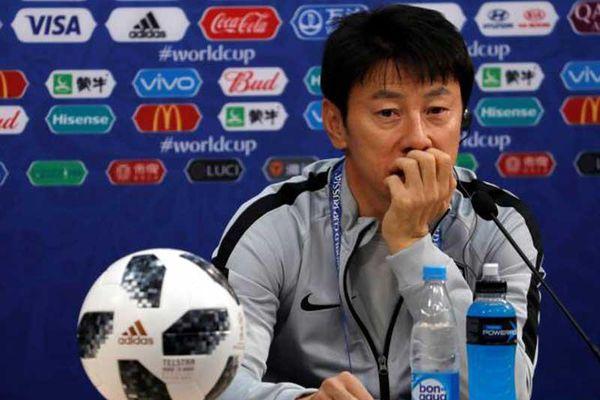 Indonesia tìm thầy Hàn: Sáng thương lượng, tối ra sân