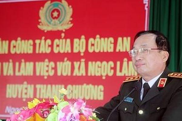 Thứ trưởng Nguyễn Văn Thành dự ngày hội đại đoàn kết toàn dân tộc tại Nghệ An