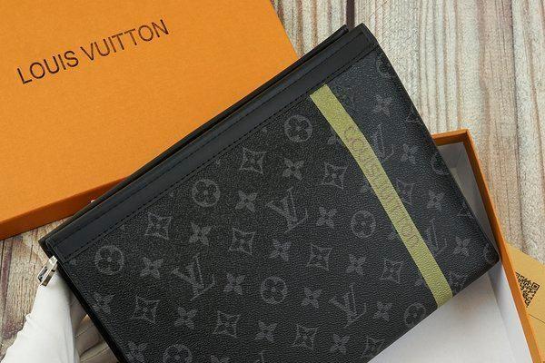 Ngoảnh đi ngoảnh lại, ví hàng hiệu Louis Vuitton 'không cánh mà bay' ở sân bay Nội Bài