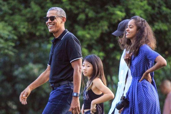 Ông Obama và vợ với cuộc sống thú vị hậu Nhà Trắng