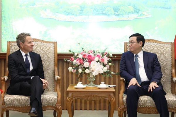 Quỹ đầu tư Mỹ đề nghị Chính phủ Việt Nam nâng tỉ lệ sở hữu khối ngoại tại ngân hàng