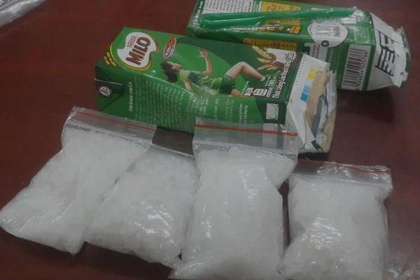 Bắt hàng loạt 'nhà phân phối' ma túy trong khu dân cư