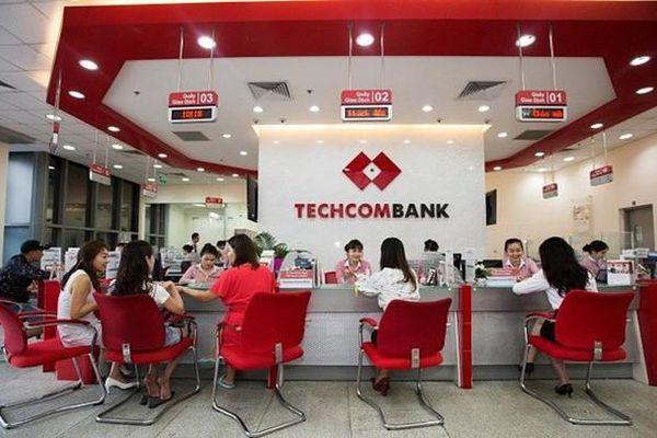 Sau Phó tổng, đến Dragon Capital cũng tháo chạy khỏi cổ phiếu Techcombank
