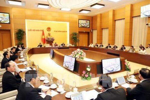 Nghị quyết của Ủy ban Thường vụ Quốc hội về công tác nhân sự