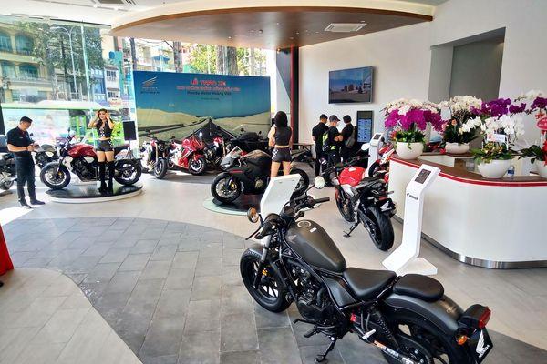 Cửa hàng môtô phân khối lớn Honda chính hãng thứ hai tại Việt Nam đi vào hoạt động
